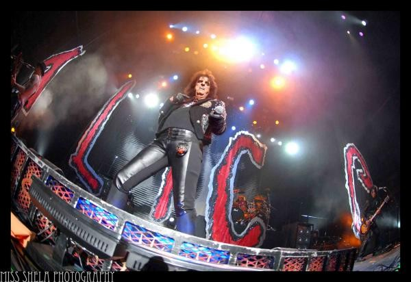 alicecooper-bloomingtonill10-8-10-2