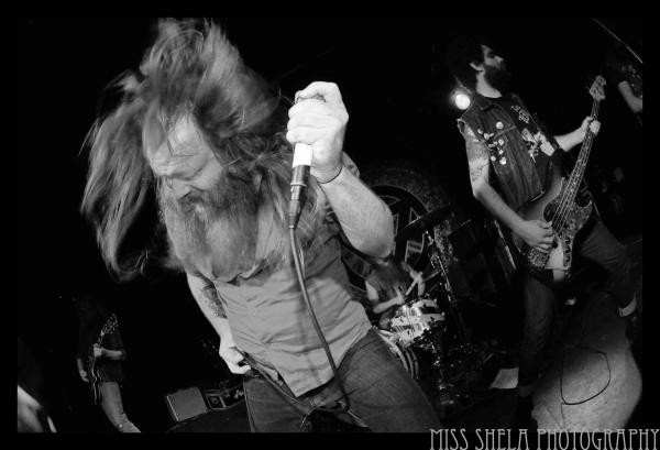 valientthorr-2010-smalls-7